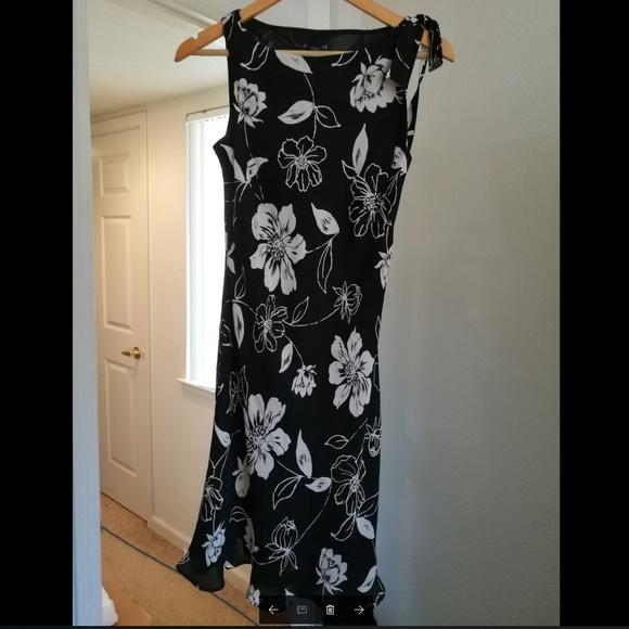Ann Taylor Dresses & Skirts - 100% SILK Ann Taylor black-white dress